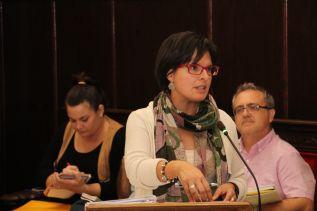 La concejala de Hacienda, Teresa García, durante el último pleno municipal