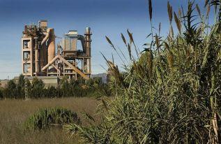 Fábrica de Lafarge en el Puerto de Sagunto
