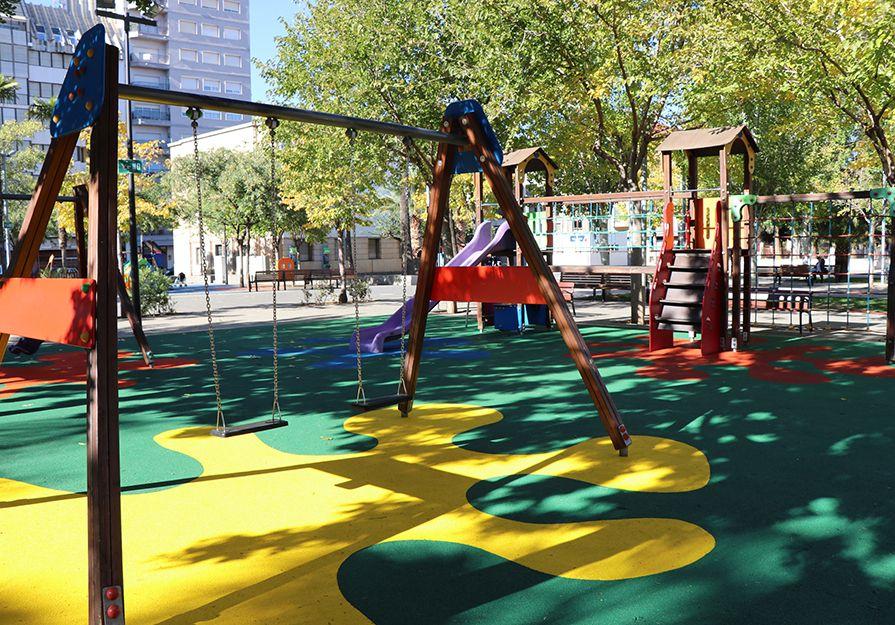 Abiertos Los Juegos Infantiles De La Plaza Cronista Chabret De Sagunto