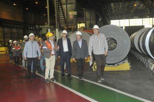 Los representantes políticos y sindicales visitaron las instalaciones de esta empresa de la ciudad